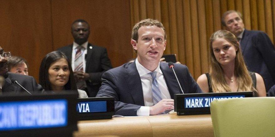 Zuckerberg, ilk kez özür diledi