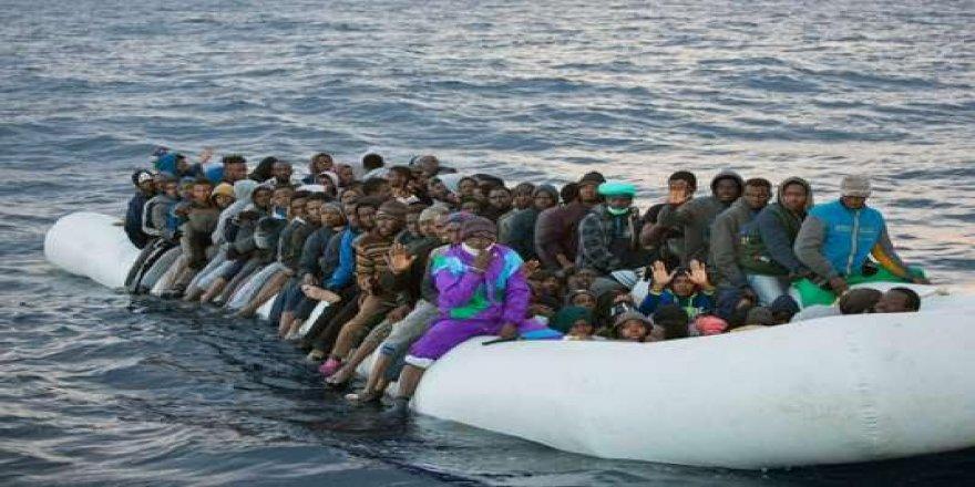 İki Fransız pilot Akdeniz'deki göçmenleri kurtarmak için uçak satın aldılar