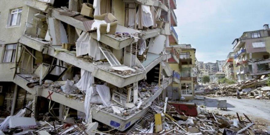 """Korkutan açıklama! """"Büyük depremin ayak sesleri"""""""