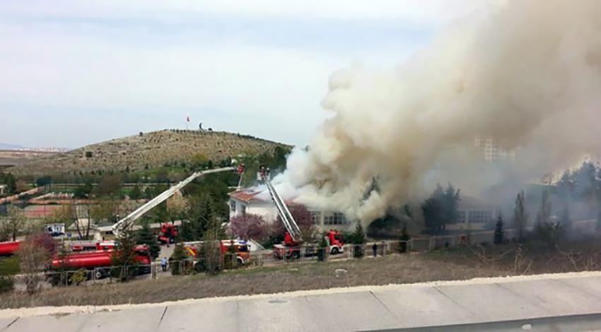 Ankara'da askeri bölgede yangın paniği