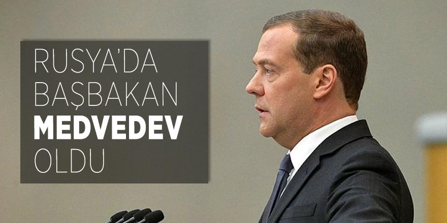 Rusya'da Başbakan Medvedev oldu