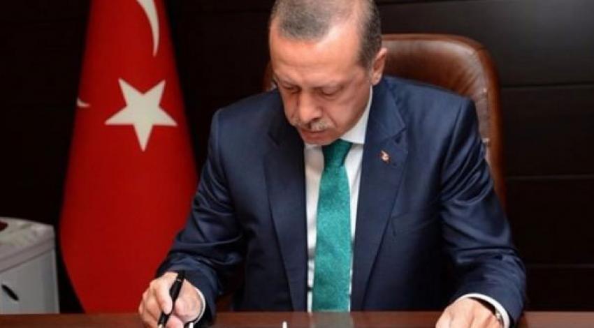 Cumhurbaşkanı Erdoğan, AB Komiseri'ni kabul etti