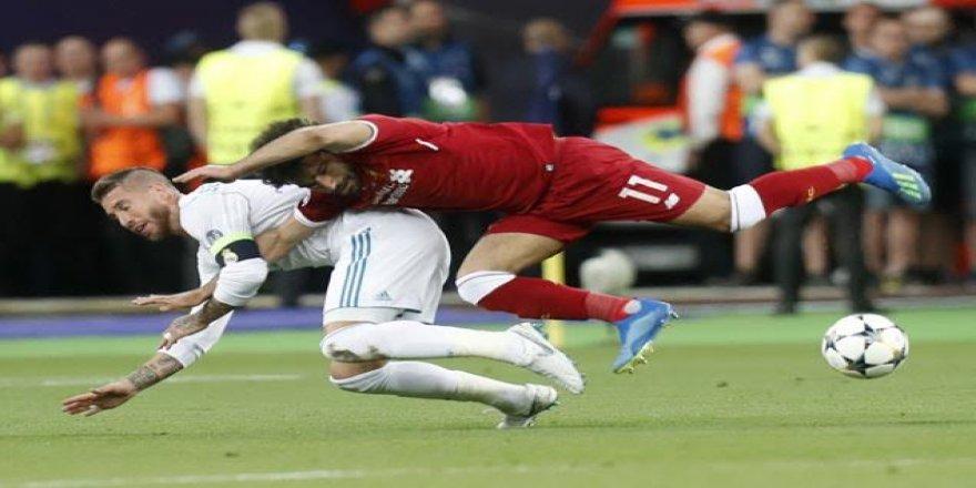 """Muhammed Salah'ı sakatlayan Sergio Ramos'dan açıklama  """"Suçluluk duymuyorum"""""""