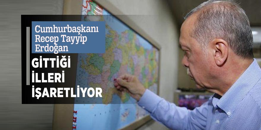 Cumhurbaşkanı Recep Tayyip Erdoğan gittiği illeri işaretliyor