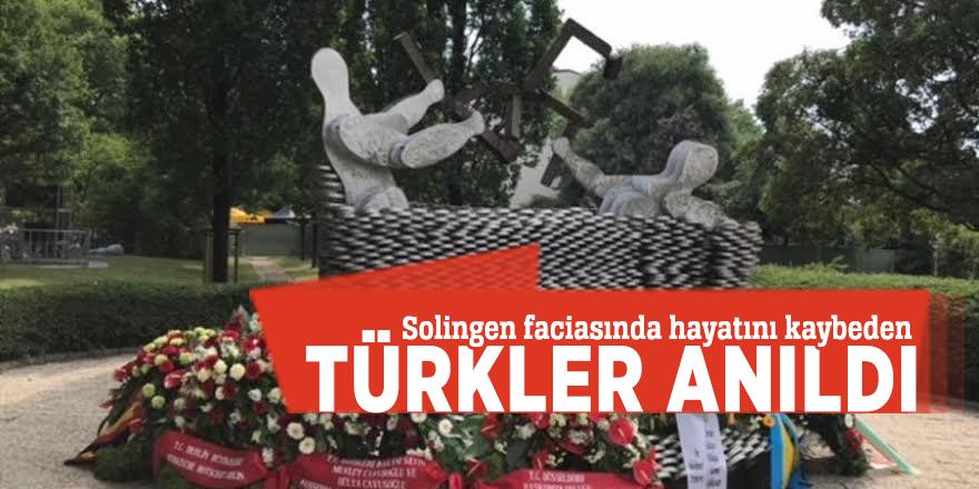 Solingen faciasında hayatını kaybeden Türkler anıldı