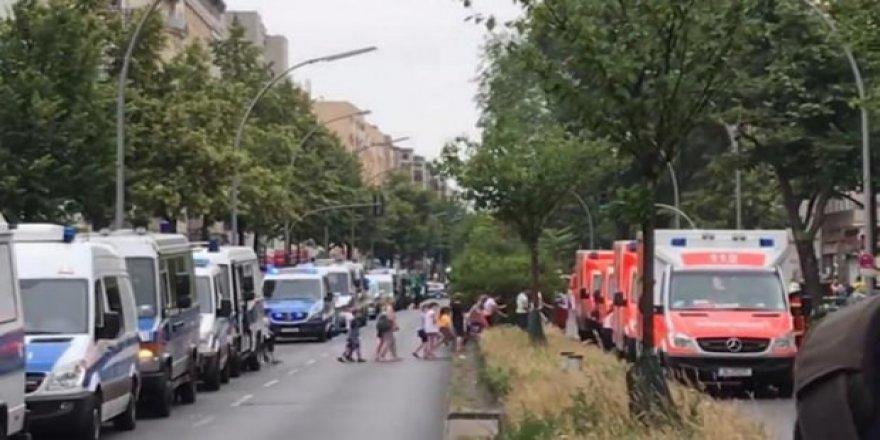 Almanya'da okul baskını! Öğrenciler tahliye edildi
