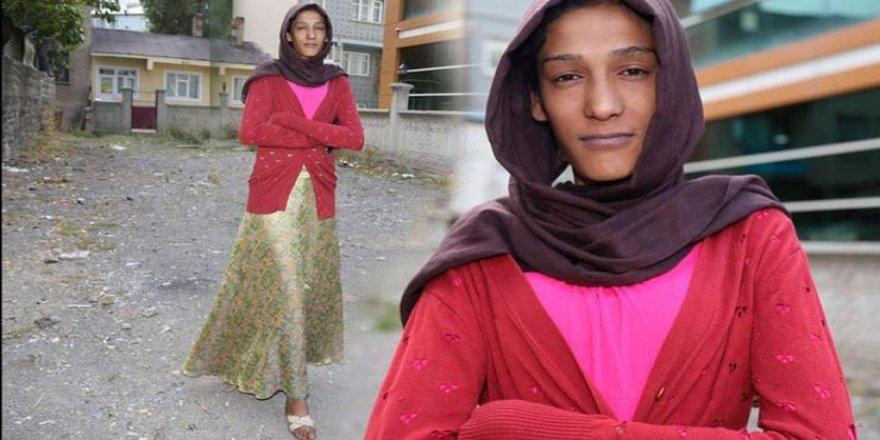 Uzun boyu yüzünden evden kovulduğunu iddia eden Serap'ın annesi konuştu