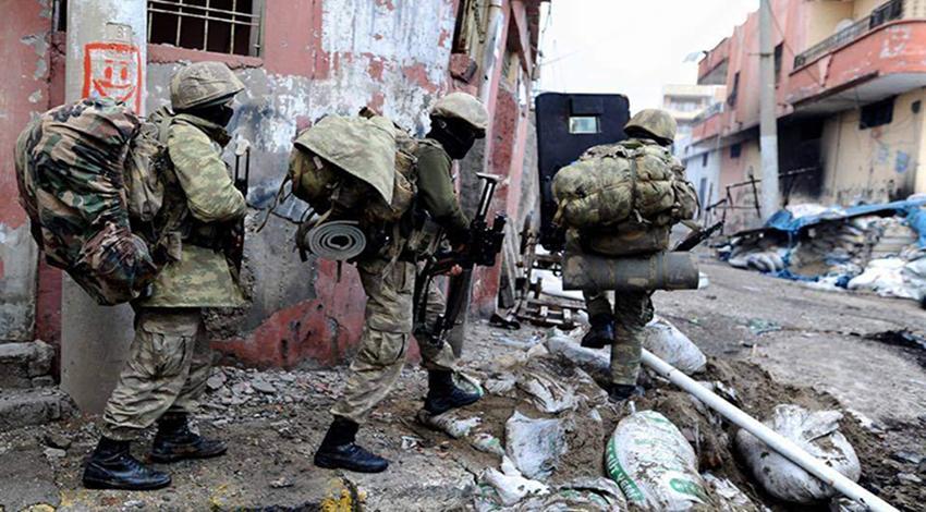 Nusaybin'de alçak saldırı! 1 polis ağır yaralandı