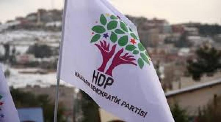 İki HDP'li Eşbaşkan Yunanistan'a firar etti