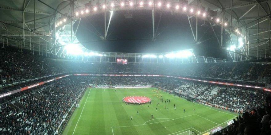 Beşiktaş'ta ayrılık! Menajeri İstanbul'a çağrıldı