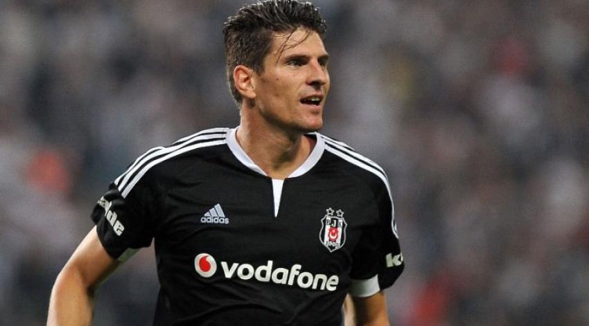 Beşiktaş'ın süper Mario'su yine tarihe geçti!