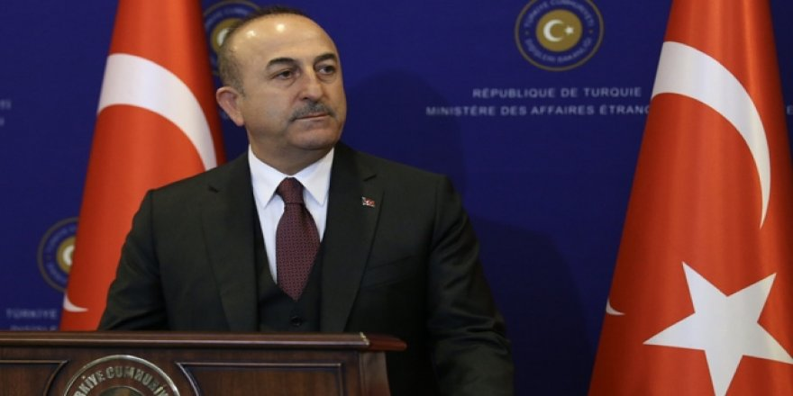 Çavuşoğlu'ndan yeşil pasaport açıklaması: Son derece makul
