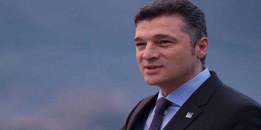 İçişleri Bakanlığı CHP'li Erdek Belediye Başkanı Hüseyin Sarı görevden aldı