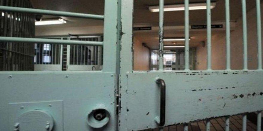Asya ülkesi şokta! 154 mahkum firar etti