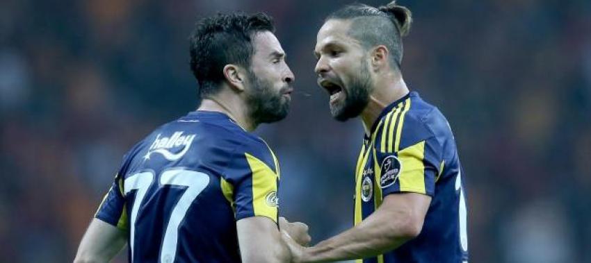 Maçın önüne geçen Gökhan Gönül-Diego kavgası!