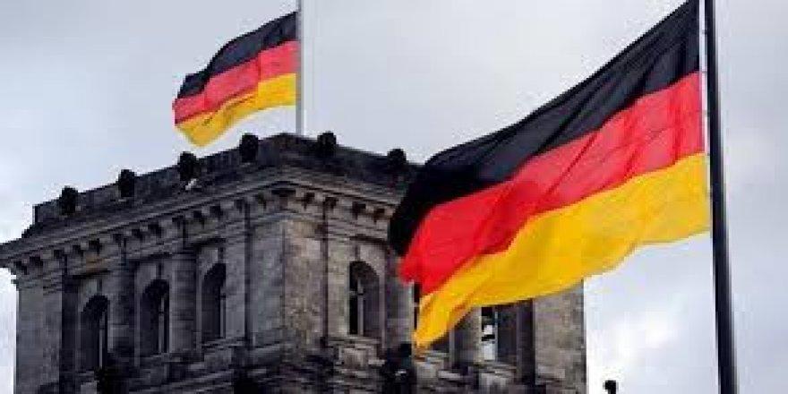 Almanya'dan Irak kararı! Süre uzatıldı