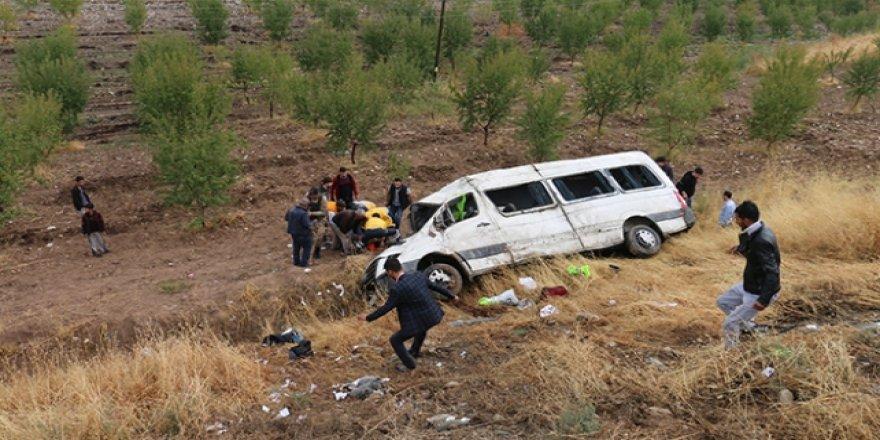 Adıyaman'da facia gibi kaza: 13 yaralı