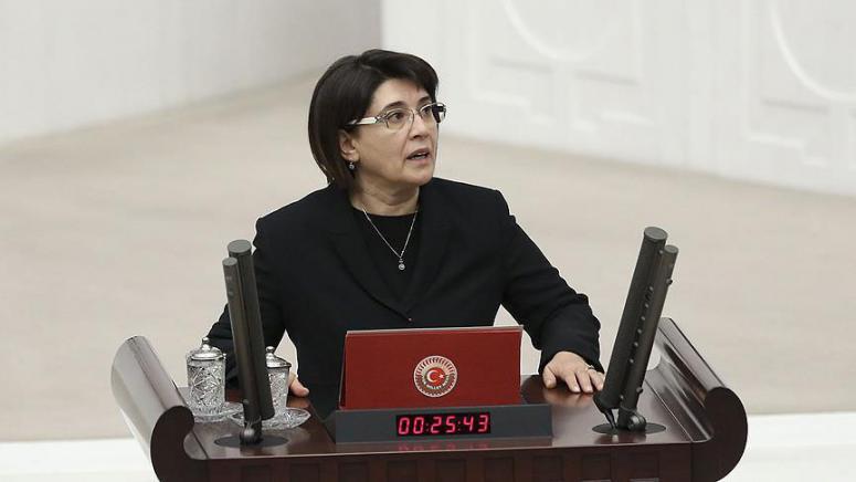 Yemin şartı sonrası HDP'de sessizlik!