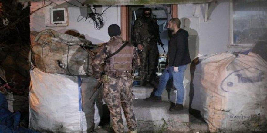 İstanbul'un 7 ilçesinde eş zamanlı operasyon: 44 gözaltı