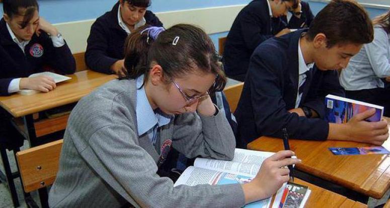 Lise ders kitapları güncellendi
