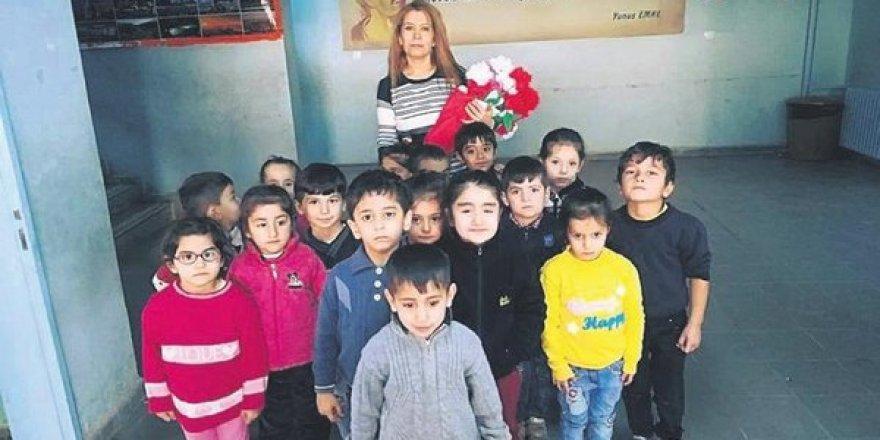 Gaziantepli Sakine Çakır zoru başardı! 40 Yaşından sonra öğretmen oldu