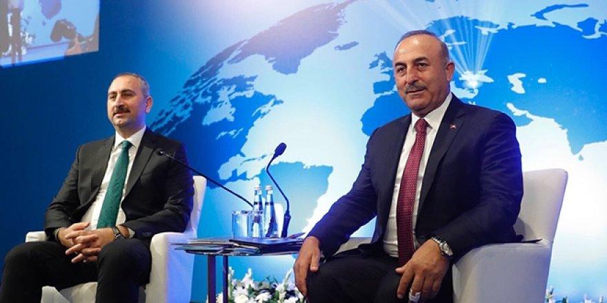 Bakan Gül ve Çavuşoğlu'ndan Yunanistan'a müftü tepkisi