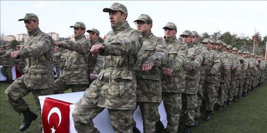 Kasım ayı sevk tarihleri ertelendi! Askerlik 1 ay uzadı mı?