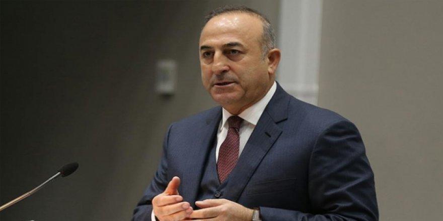 """Çavuşoğlu'ndan yurt dışındaki vatandaşlara """"evde kalın"""" çağrısı"""