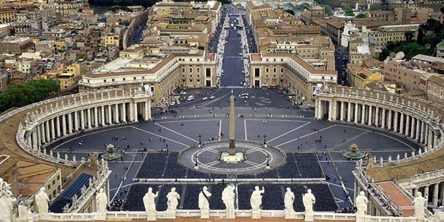 Vatikan'da bir kardinalin testi pozitif çıktı
