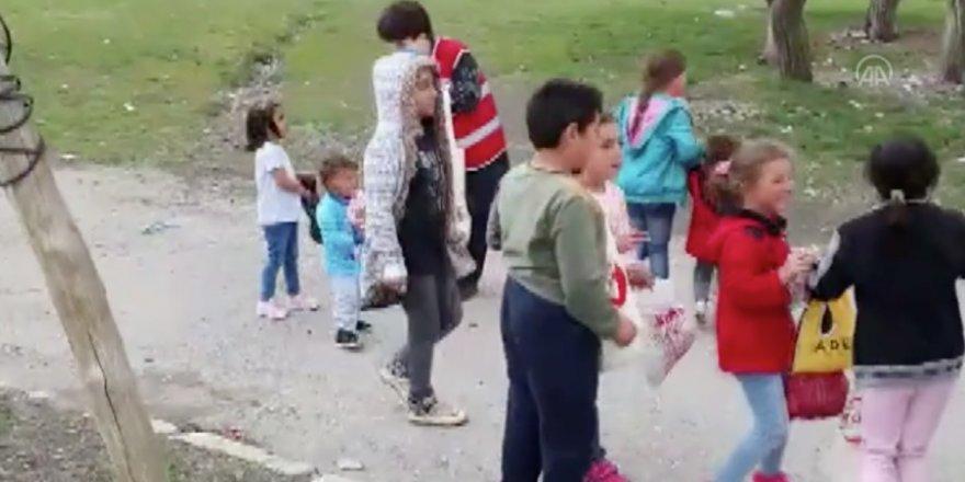 Erzurum'da 3 bin çocuğun Kızılay'dan gelen 'arafalık' mutluluğu