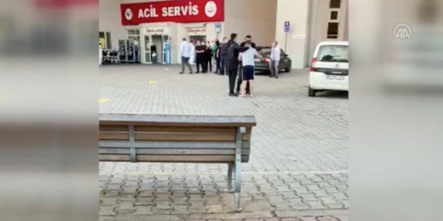 Kocaeli'nde bir hasta yakını Hastane güvenlik amirine testereyle saldırdı