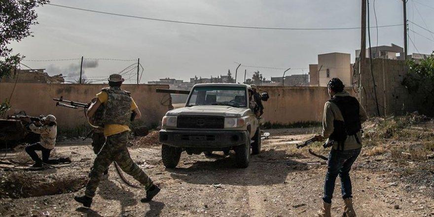 Libya ordusunun Trablus'un güneyindeki ilerleyişi sürüyor