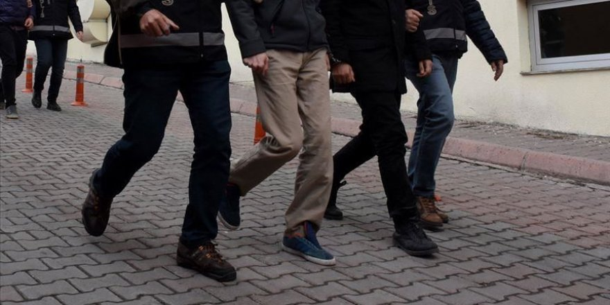 Kayseri'de 5 şüpheliye FETÖ'den gözaltı