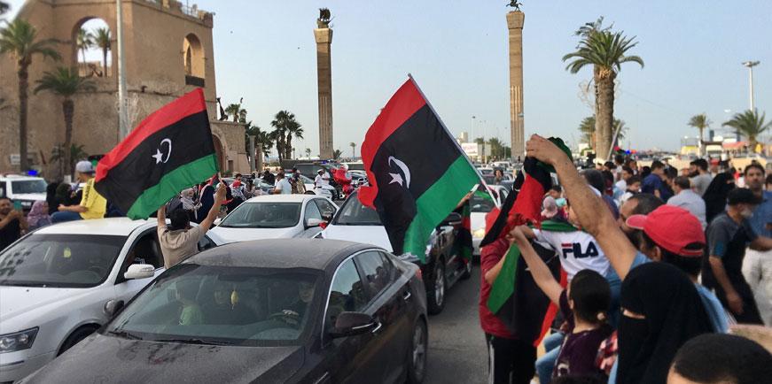 Libyalılar Trablus'un kurtarılmasını korkak Hafter sloganlarıyla kutladı