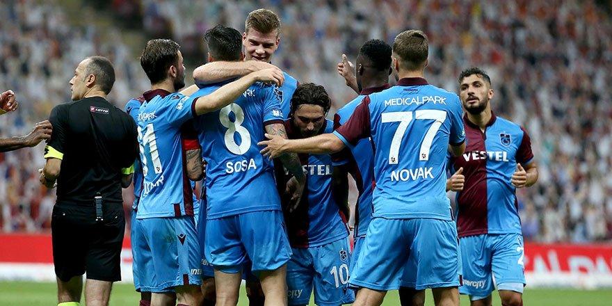 Trabzonspor zirve takibini devam ettiriyor!