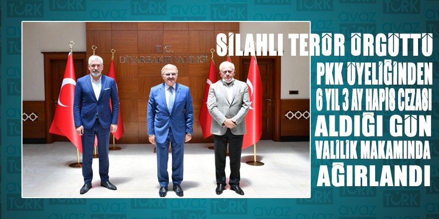 Eşi ile birlikte silahlı terör örgütü üyeliğinden hapis cezasına çarptırılan Bedirhanoğlu'nu aynı gün Diyarbakır Valisi Karaloğlu makamında ağırladı