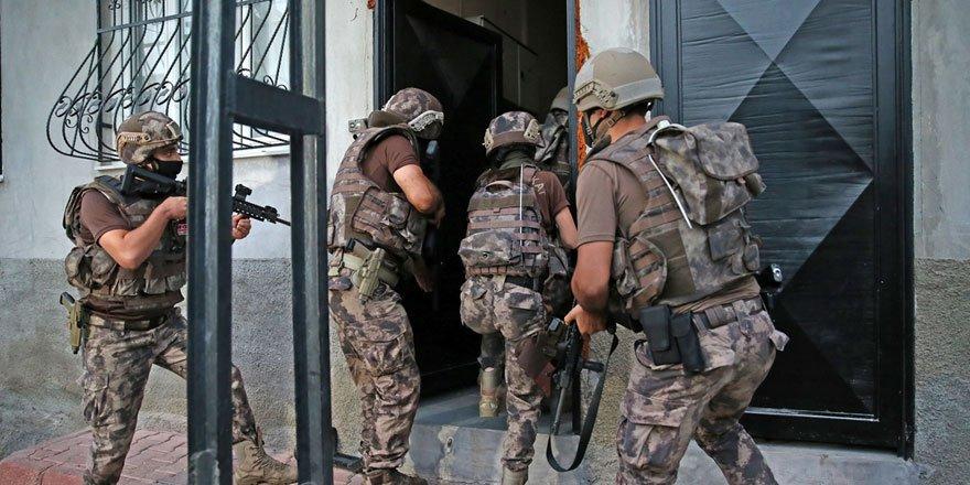 Adana merkezli 4 ilde özel harekat ekipleri uyuşturucu operasyonu düzenledi!