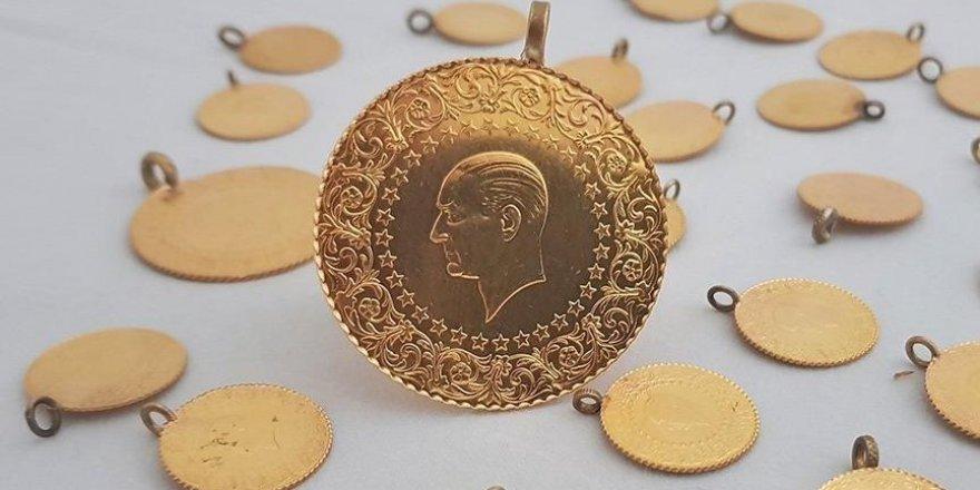 Gram altın fiyatı uçtu! Rekor üstüne rekor kırdı