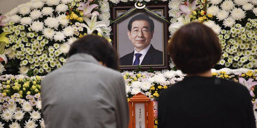 Seul Belediye Başkanı Park ölmeden önce özür notu bırakmış!