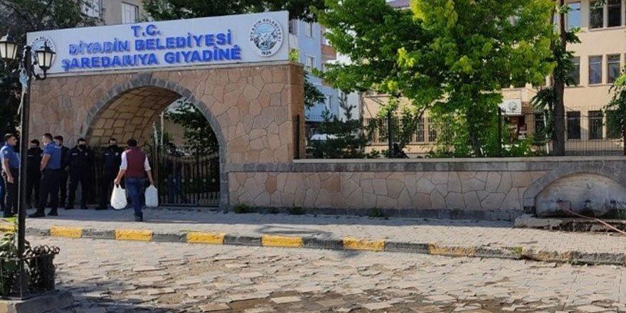 Hdp'li Diyadin Belediye Başkanı Betül Yaşar terör soruşturmasında gözaltına alındı