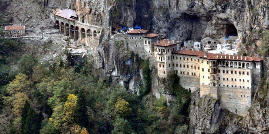 Sümela Manastırı yeniden ziyarete açılıyor