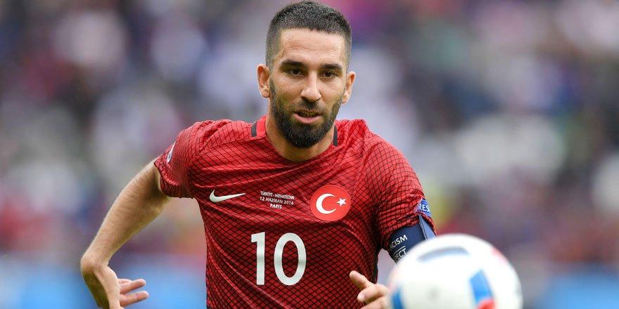 Arda Turan Galatasaray'a döndü!
