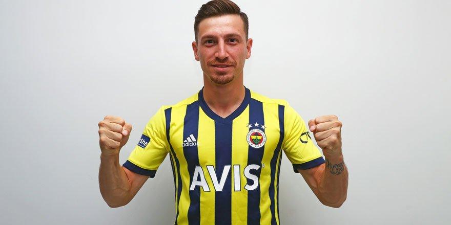 Mert Hakan Yandaş Fenerbahçe'ye resmen transfer oldu!