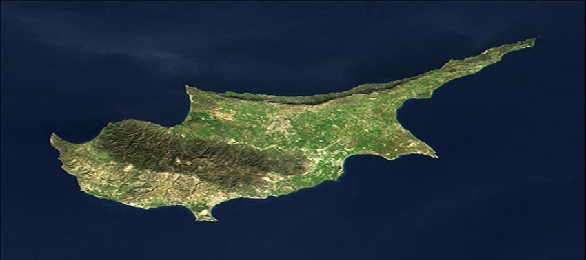 İngiltere, Güney Kıbrıs'taki üslerine komando gönderiyor