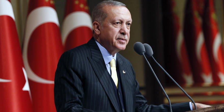 Cumhurbaşkanı Erdoğan: Ülkemizde bir kesim ısrarla bizi kendi sığ sularına çekmeye çalışıyor