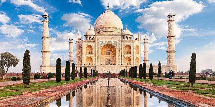 Hindistan'da Tac Mahal altı ay sonra ziyarete açıldı!