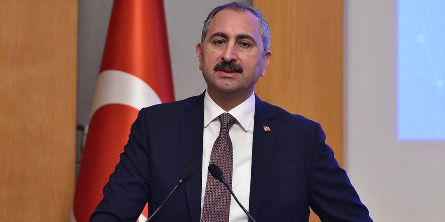 Adalet Bakanı Gül, Yunan mevkidaşı Tsiaras'a mektup gönderdi!