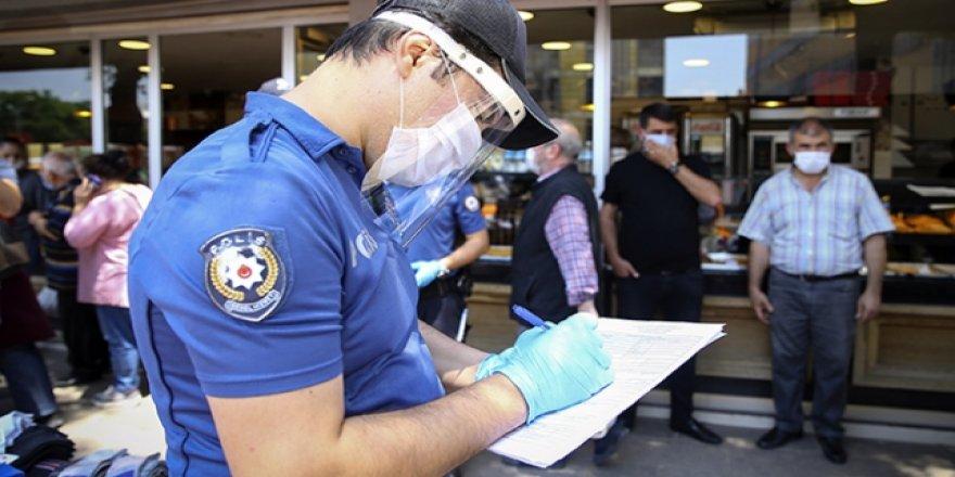 Ankara'da COVID-19 denetimlerinde bir ayda 16 bin 525 kişiye ceza kesildi