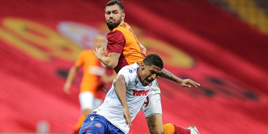 Galatasaray Hajduk Split'i eleyerek İskoç ekibi Rangers'in rakibi oldu!
