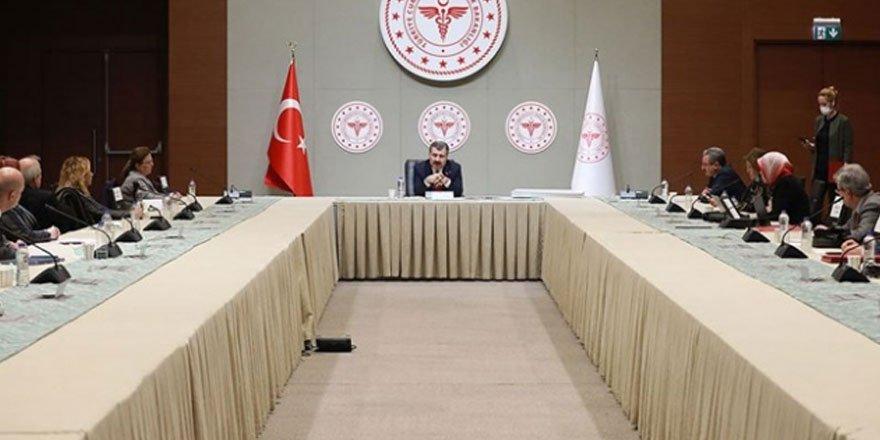 Fahrettin Koca başkanlığında Koronavirüs Bilim Kurulu toplanıyor!